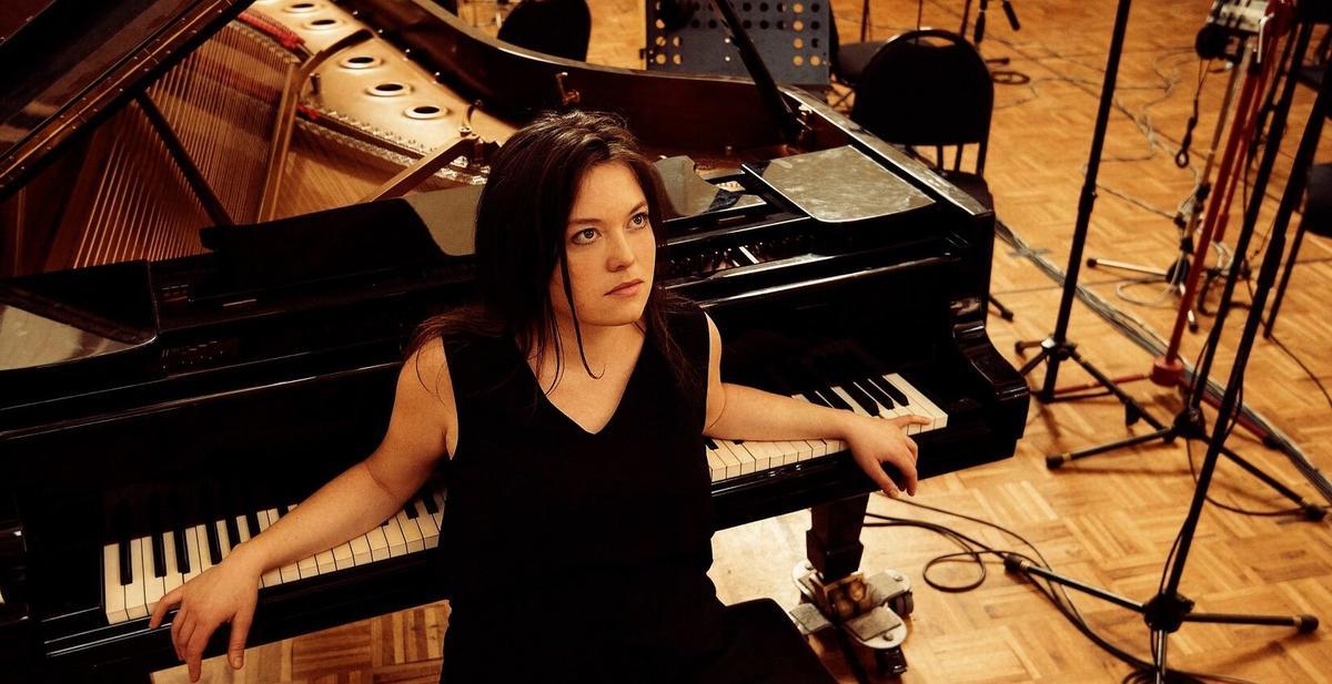 Mathilde-Renault-piano-dada-1bis-1652x850.jpg