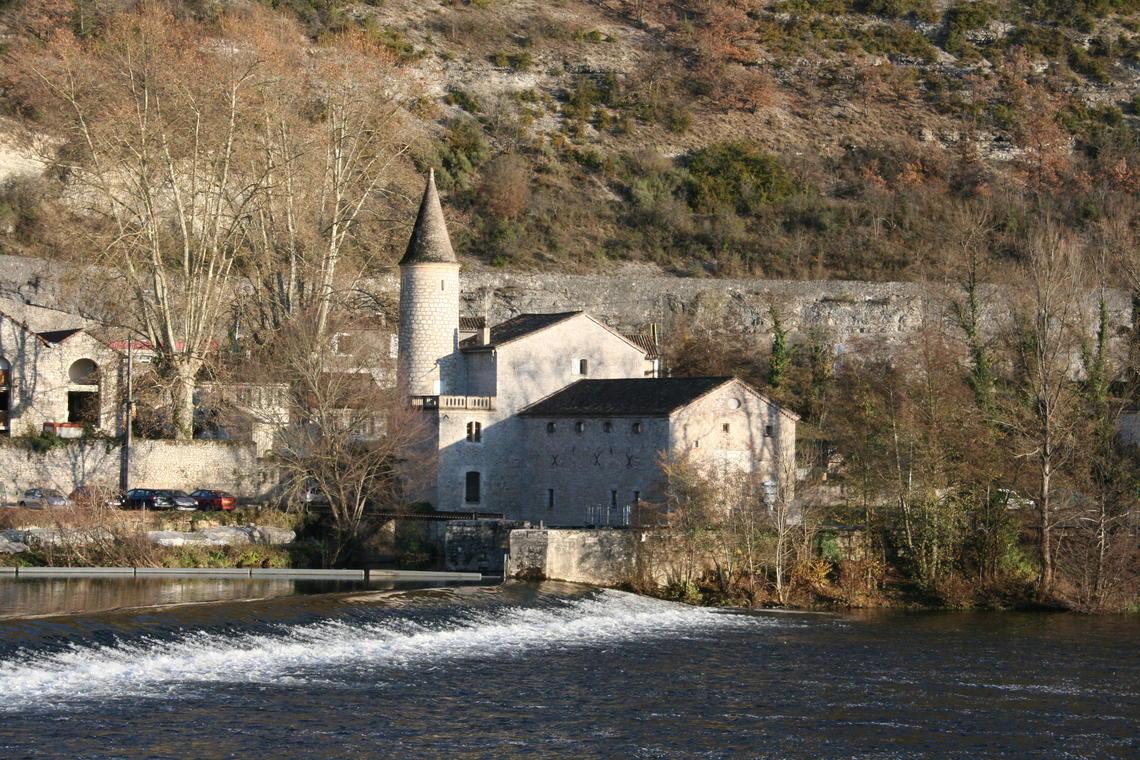 écluse et moulin de Coty, cl. E.Carrère ville de Cahors.jpg