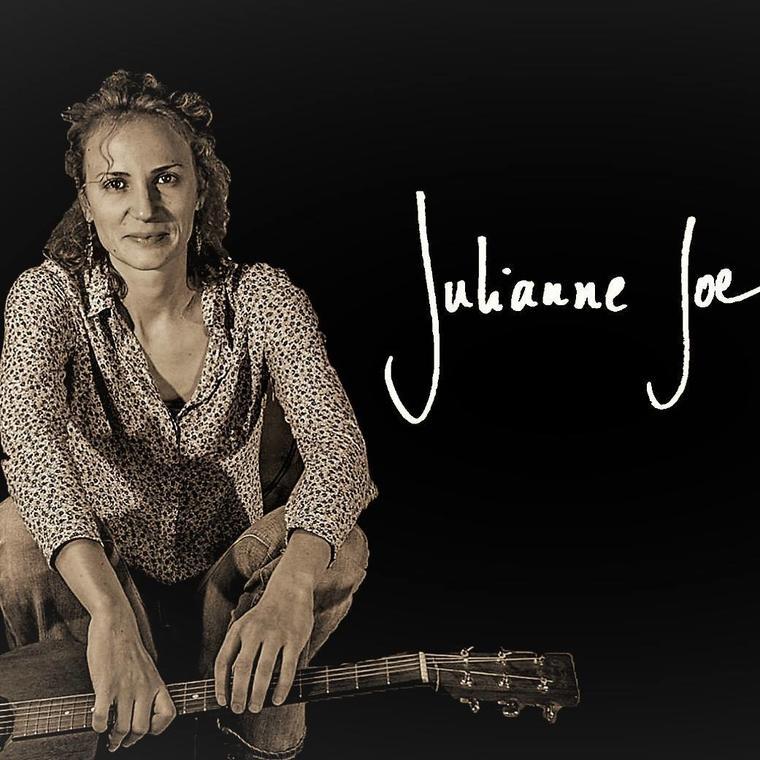 Concert_La_Roce_Posay_Julianne_Joe.jpg