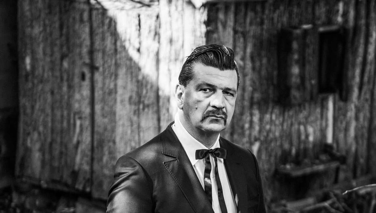 Arnaud_Rebotini-Portrait-©Jacob_Khrist-HD-9--e1625882814688-1501x850.jpg