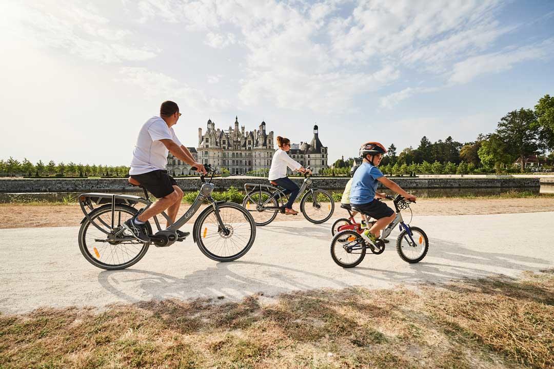 famille-vélo-chambord_benjamin-Brolet.jpg