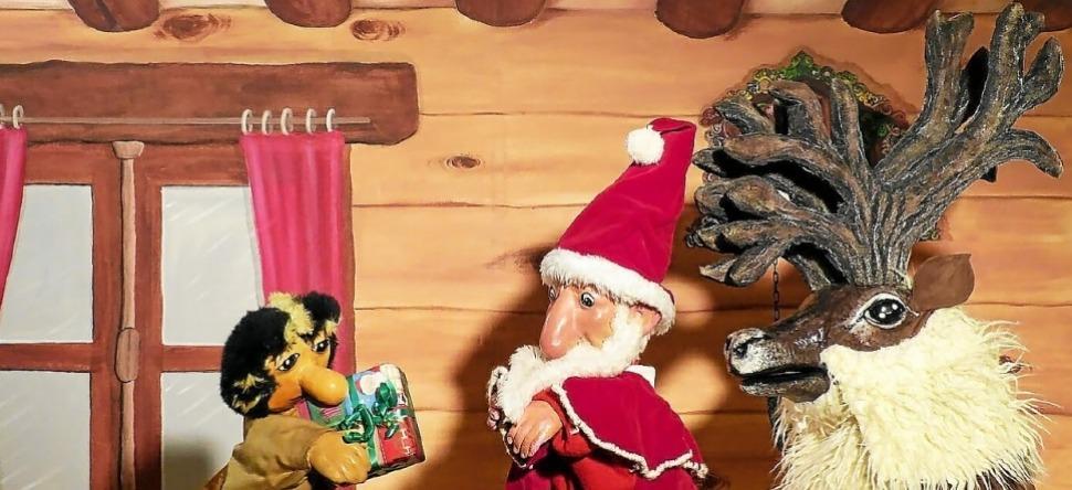 Spectacle_Marionnettes_Langonnet_Decembre2019.jpg