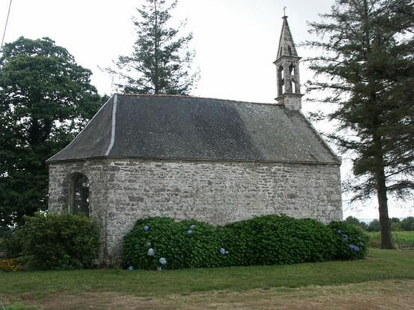Chapelle de Saint-Guénole-Priziac.jpg