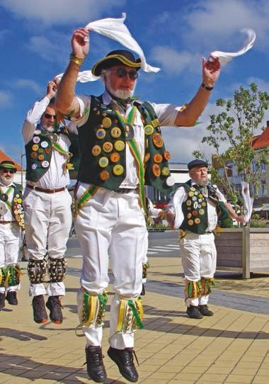 Danse North Wood Morris Men.jpg