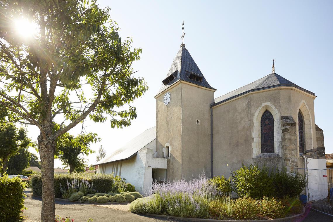 Eglise de St Maixent.jpg