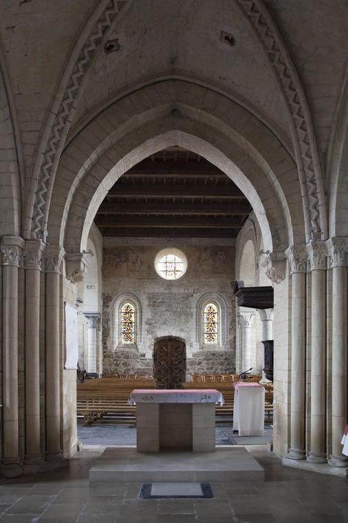 Eglise romanes le long de la Lys Guarbecque2-Copyright Brigitte Baudesson.jpg