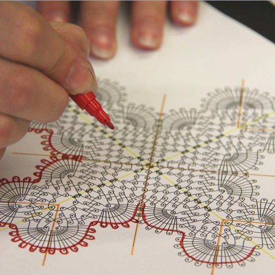 Atelier-dentelle-main-dessin.jpg