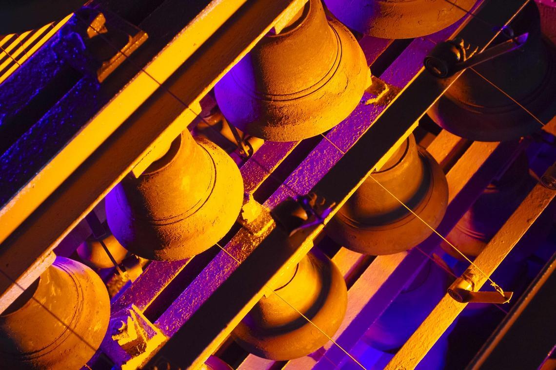 Beffroi-carillon-cloches-Moyen-Age-Douai- Douaisis-Nord-France (c) AD Langlet.jpg