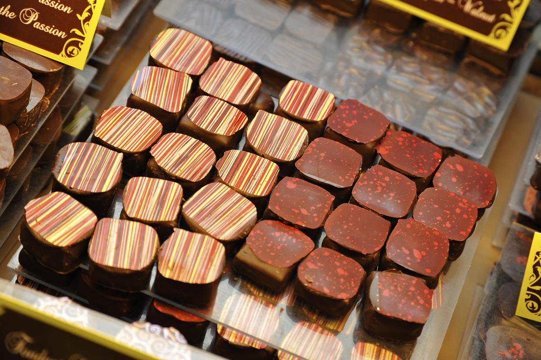 Chocolaterie De Meyer (page 10).JPG