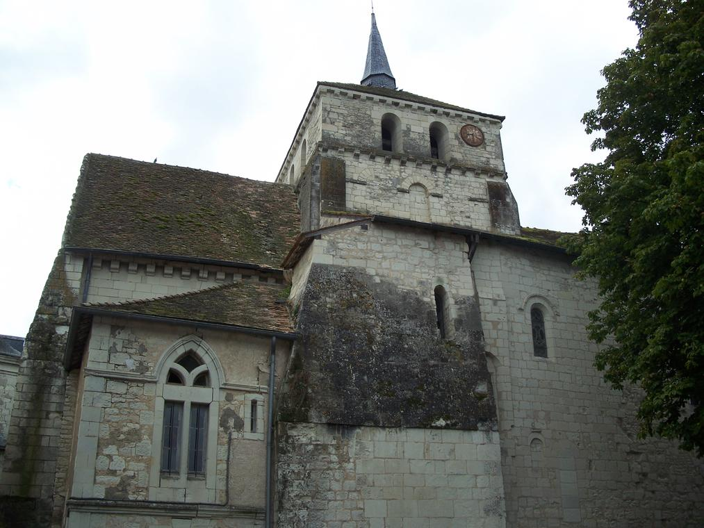 Église_Notre-Dame_de_Coussay-les-Bois_5.jpg