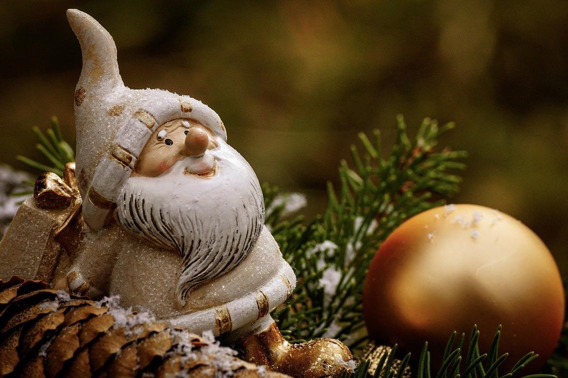 christmas-3805334_1280.jpg