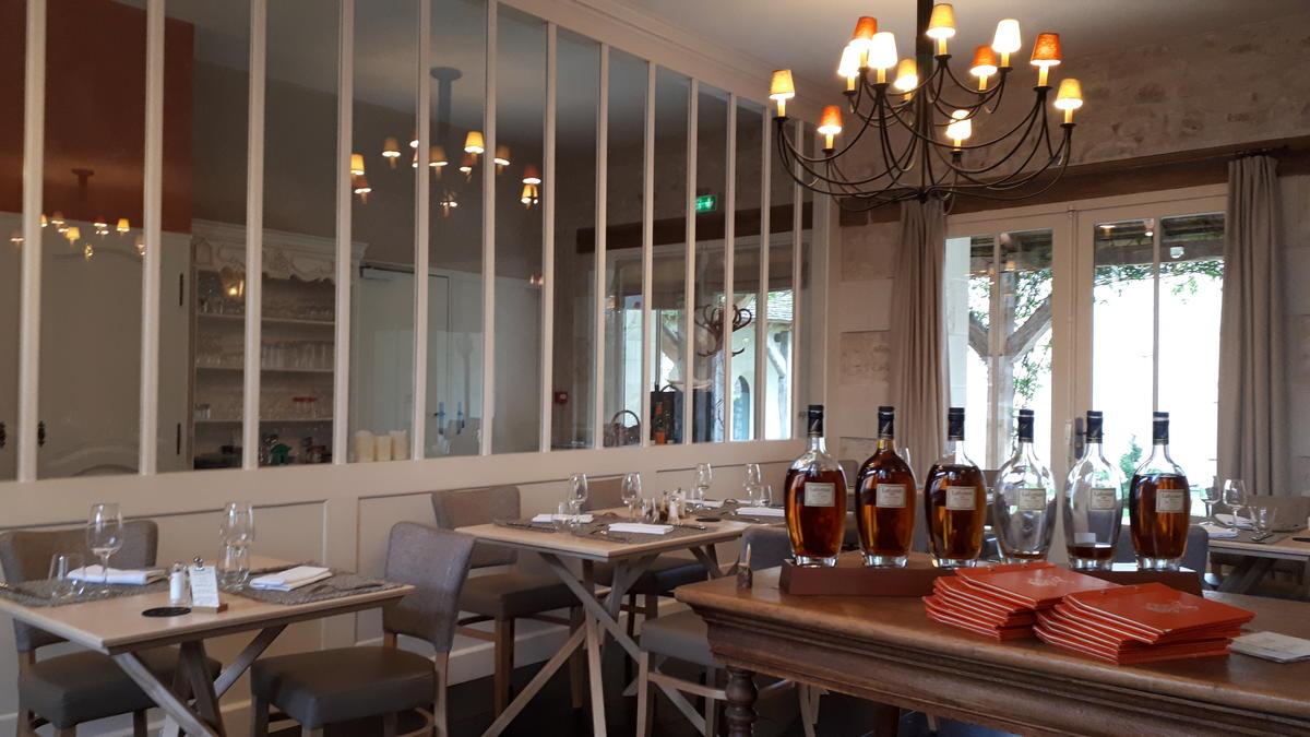 Restaurant_Relais_de_la_Mothe_Yzeures_sur_Creuse_La_Roche_Posay.jpg