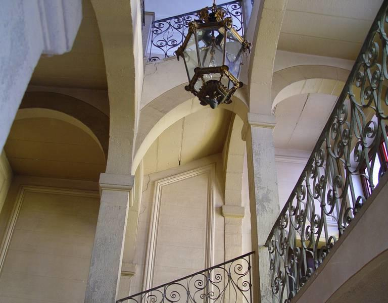 hotel_bourlat_-omt_carcassonne_2.jpg