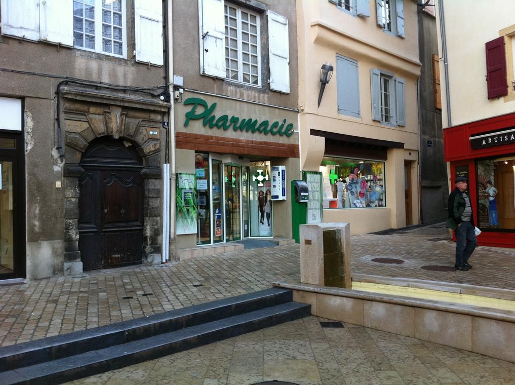 Pharmacie-Laune.jpg
