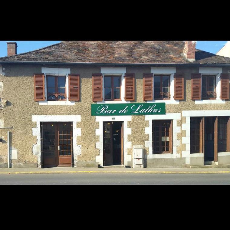 Bar de Lathus.jpg