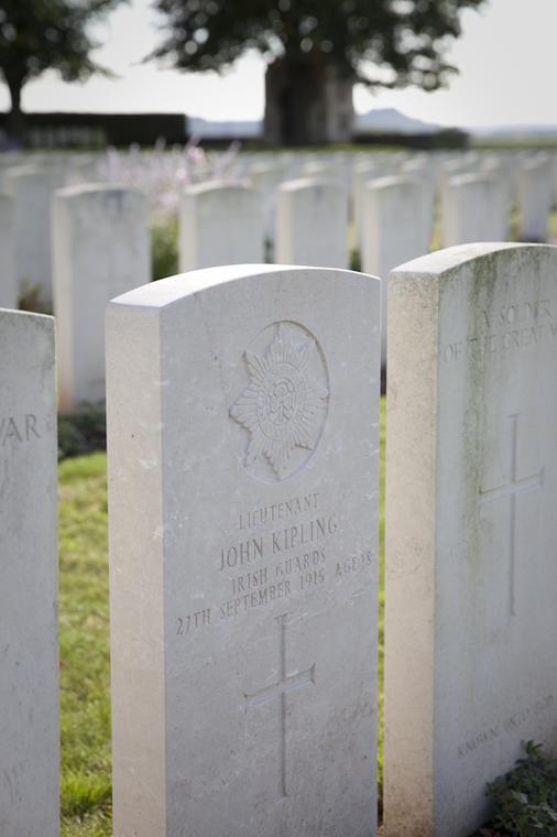 Tombe de John Kipling.jpg