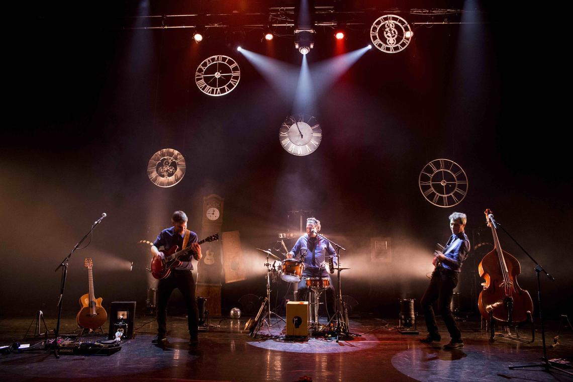 Concert_La_Roche_Posay_Les_polis_sont_acoustiques.jpg