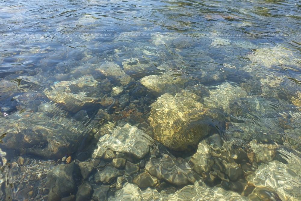 AA. Méquinion - L'eau 1 (fil) (002).jpg