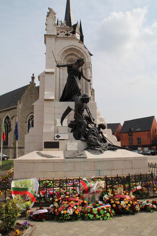 Monument portugais visites.JPG