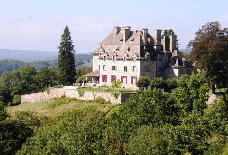 Chateau-du-Doux.jpg