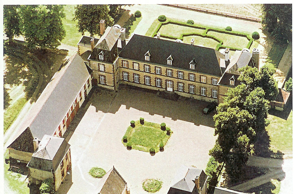 chateau de Montmarin.jpg