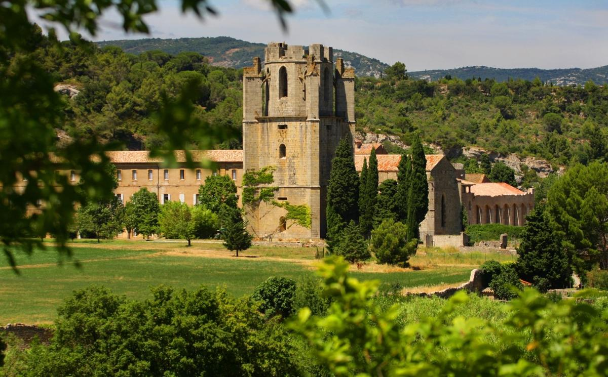 abbaye Labgrasse © C.G. Deschampsredi.jpg