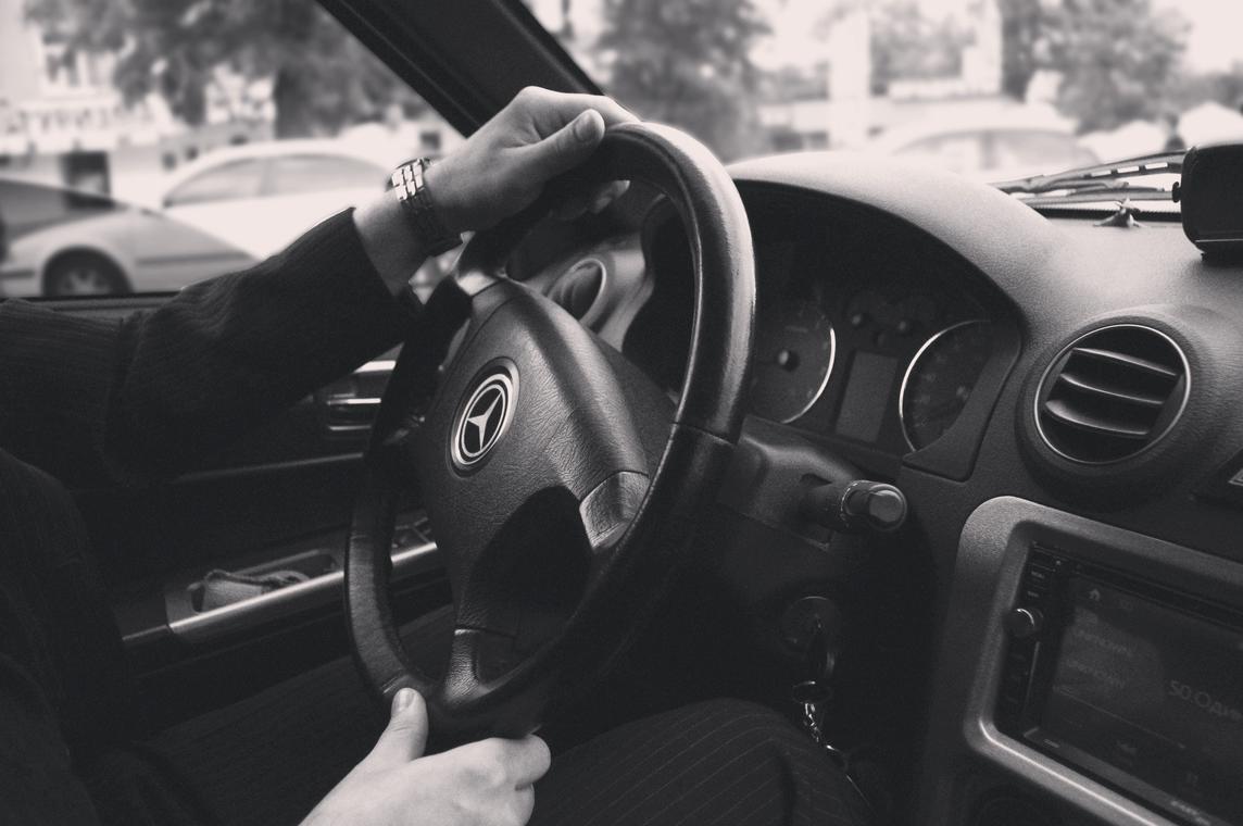 man-people-driving-businessman-58724.jpg