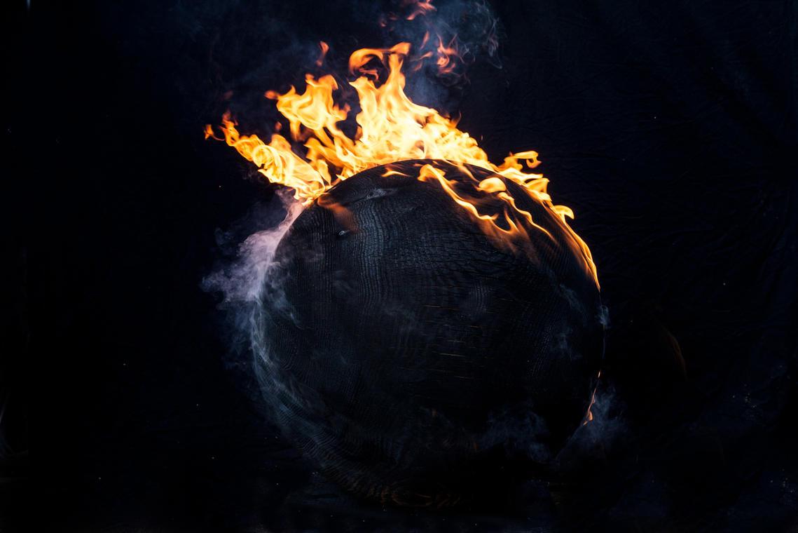 KH11.KASPARHAMACHER - Mother Earth Combustion - © Jo Magrean.jpg