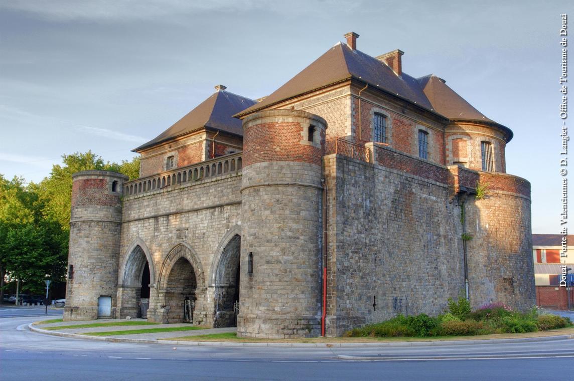 Douai haut porte de Valenciennes-fortification-trace-Douaisis-Nord-France (c) D Langlet - Douaisis Tourisme.jpg