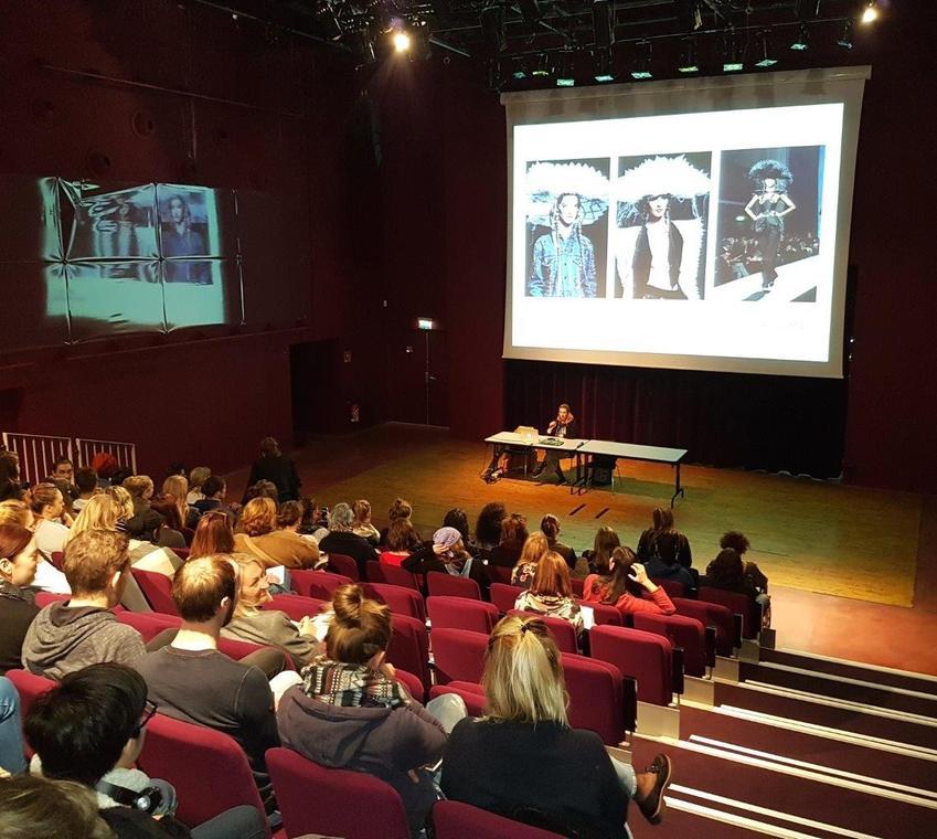 conférence Amis des musées de Calais.jpg