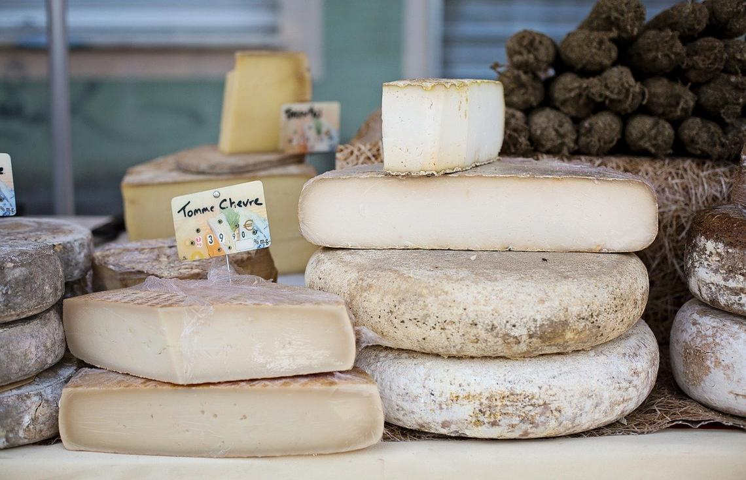 cheeses-1433514_1280.jpg