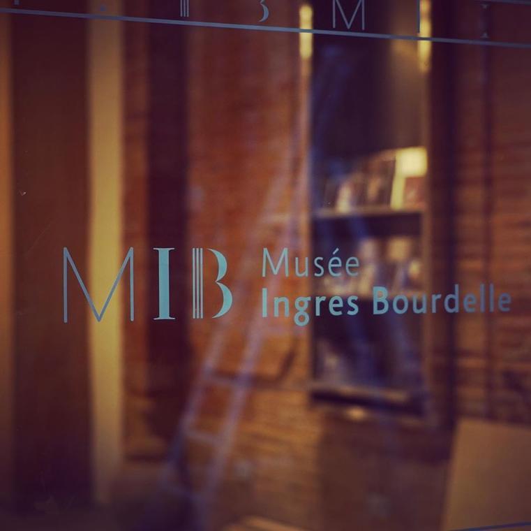 ©MIB vitre.jpg