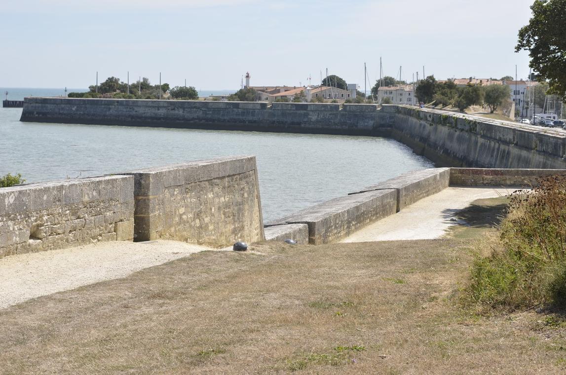 fortificationsdevauban-saintmartindere.JPG