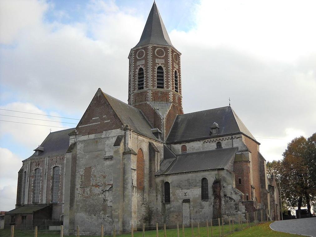 Ham-en-Artois_-_Église_Saint-Sauveur_-_2.JPG