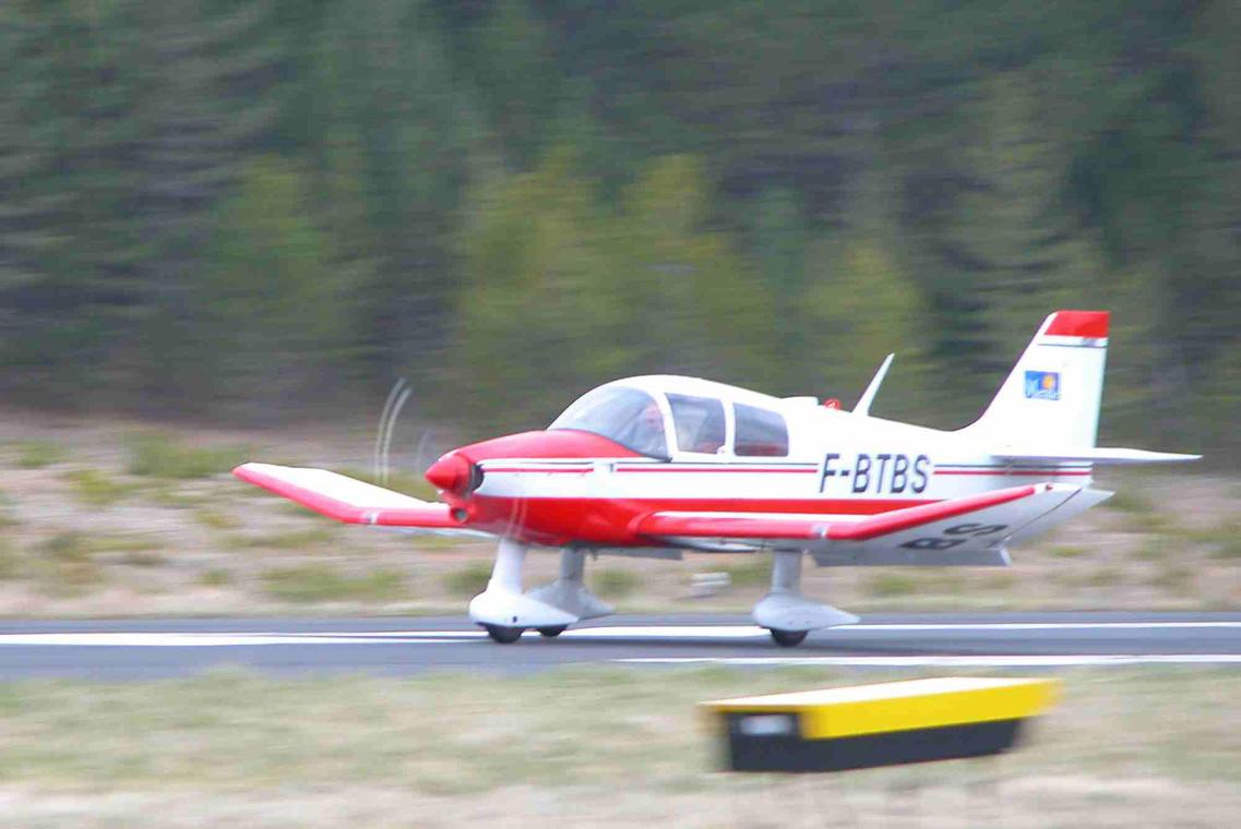 avion-2©aeroclub.jpg