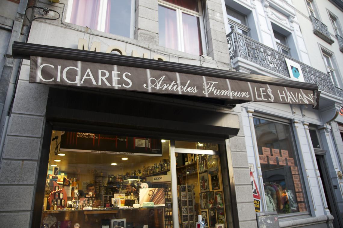lescigares-facade.jpg