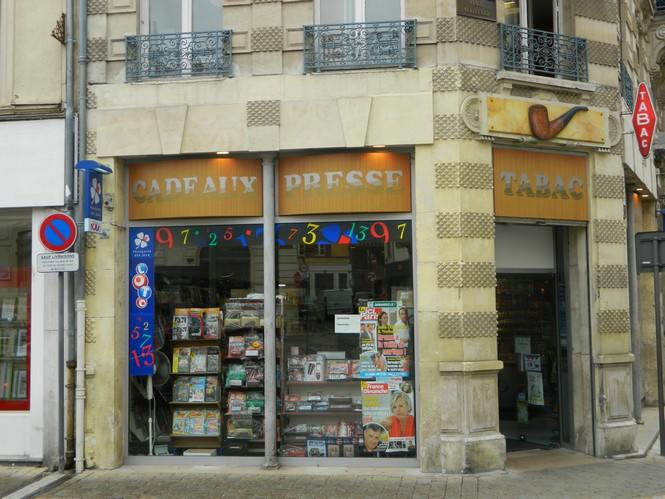 Tabac Place Audiffred.jpg