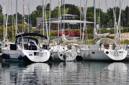 port_vue_sur_capitainerie.jpg