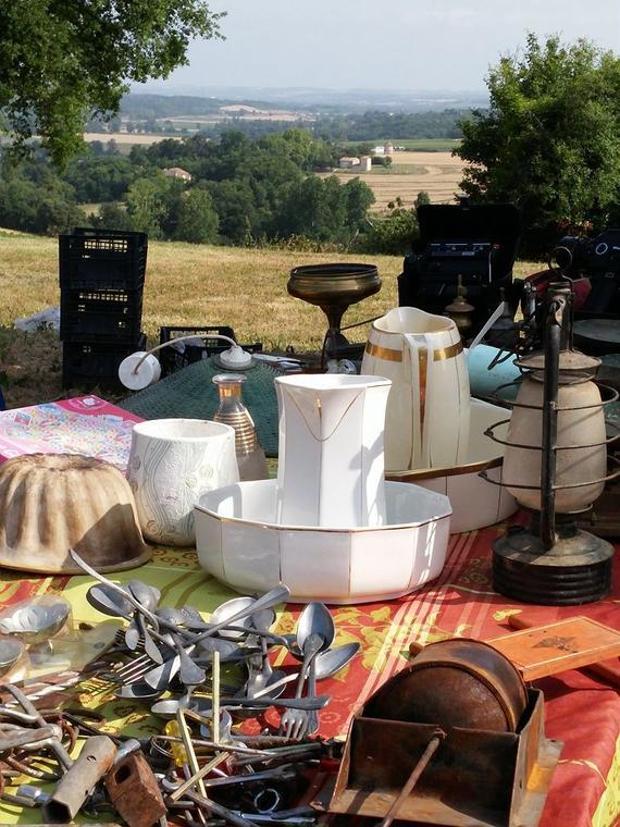 Vide grenier à Beaucaire