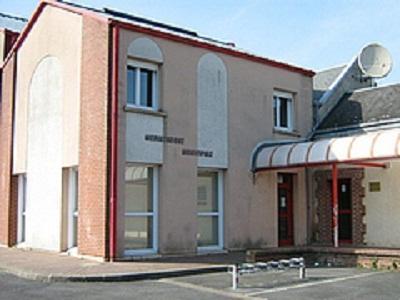 Médiathèque < Holnon < Aisne < Picardie