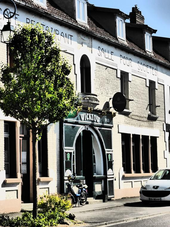 Moÿ-de-l'Aisne, bar Wicklow