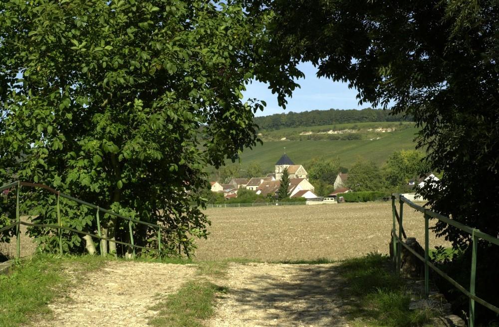 En chemin à Celles-lès-Condé