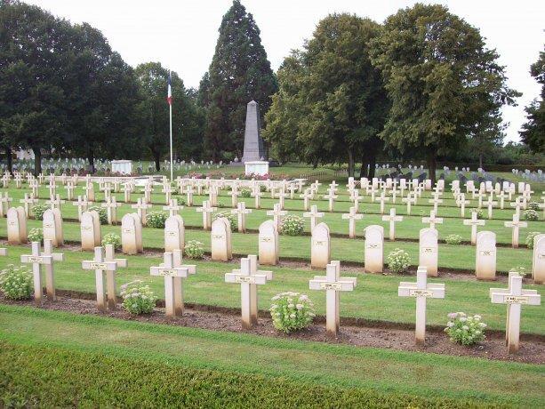 La Désolation < Cimetière Militaire < Flavigny le Petit < Guise < Aisne < Picardie