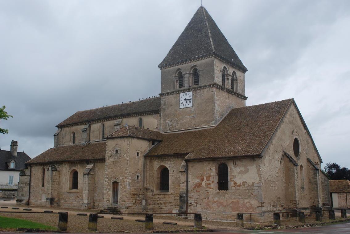 Saint-loup-geanges-eglise-2012-OT