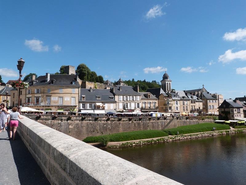 Vue pont Montignac  (1)