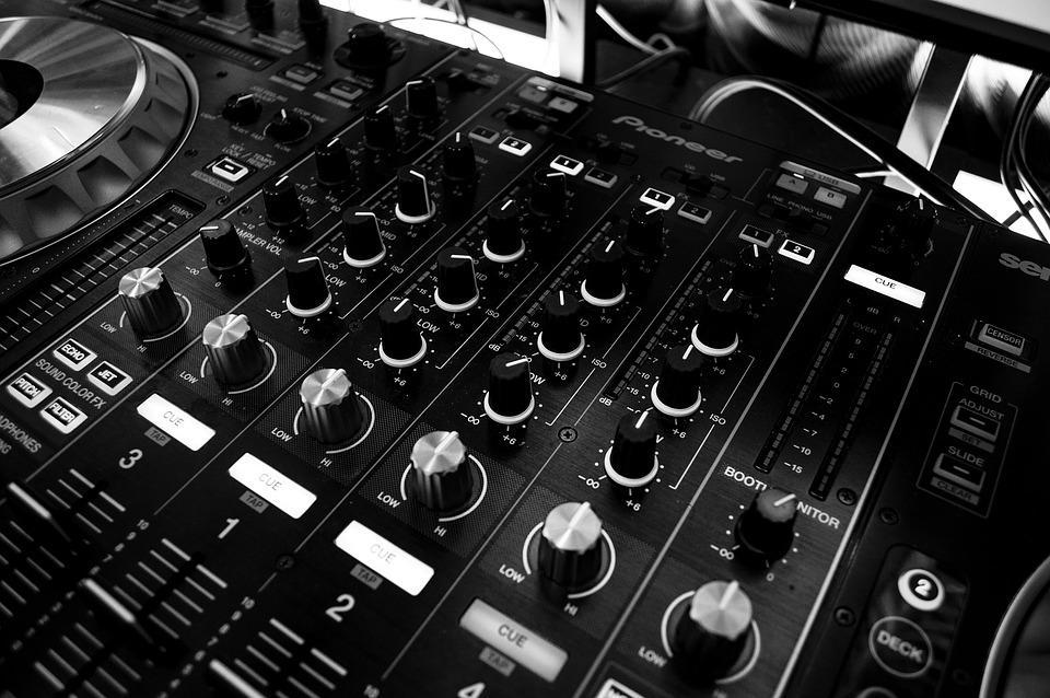 mixer-1284507_960_720