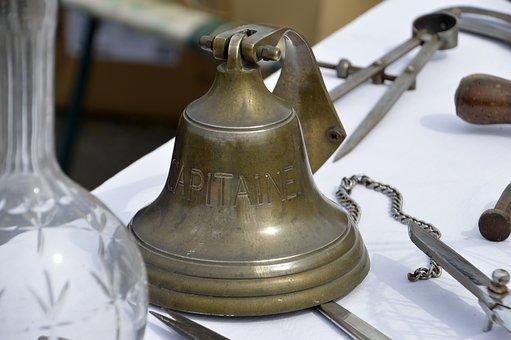 bell-3336081__340