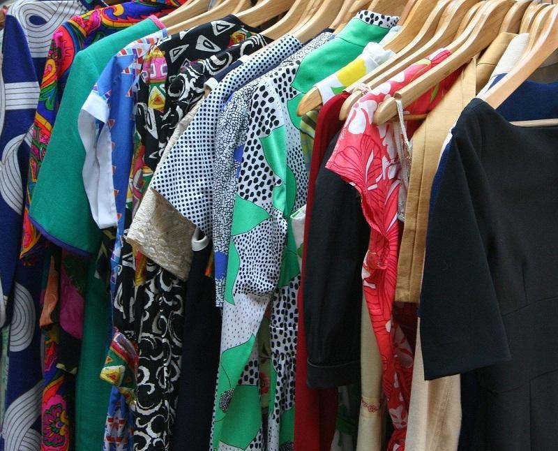 dresses-53319-1280