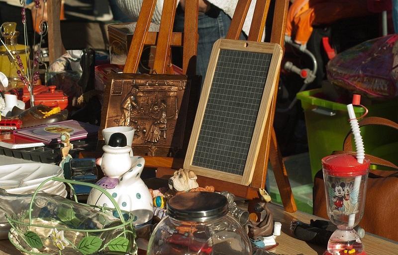 flea-market-1732562_1280