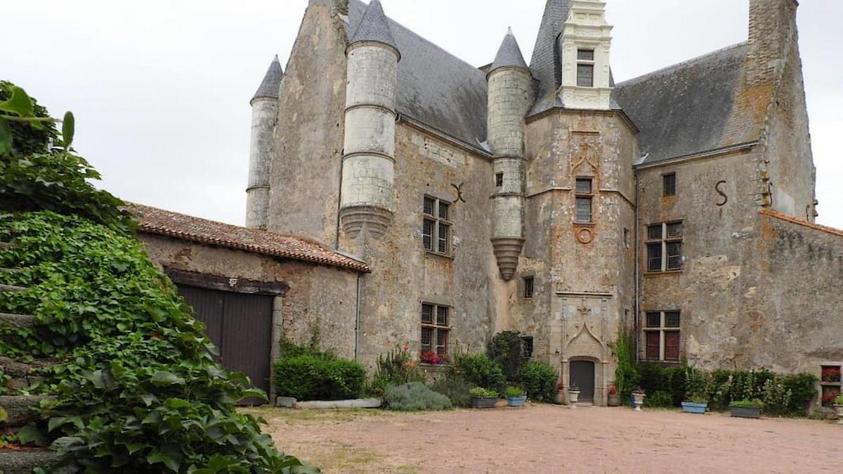 la-chapelle-gaudin-le-chateau-de-vermette.